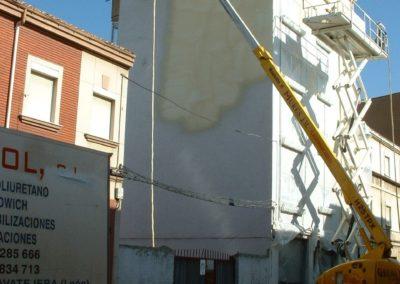 Aislamiento e impermeabilización de fachadas de edificio. Solución anticondensaciónes