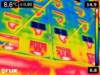 Correción de humedades y, condensaciones, y pérdidas térmicas, mediante pre-visualizacion termográfica de viviendas por interior y exterior