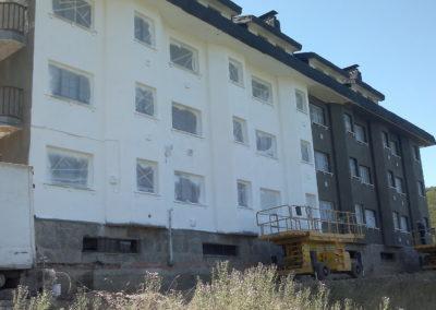Fases de rehabilitación de edificio en Brañilin-Pajares (2)